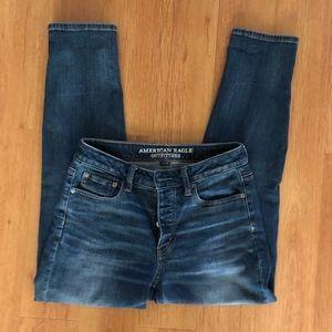 American Eagle Vintage Hi Rise Mom Jeans 4 Regular
